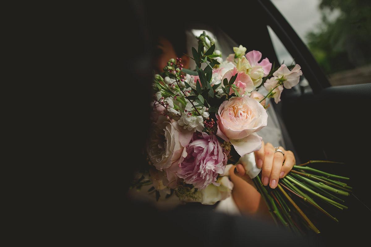 Bride's wedding flowers
