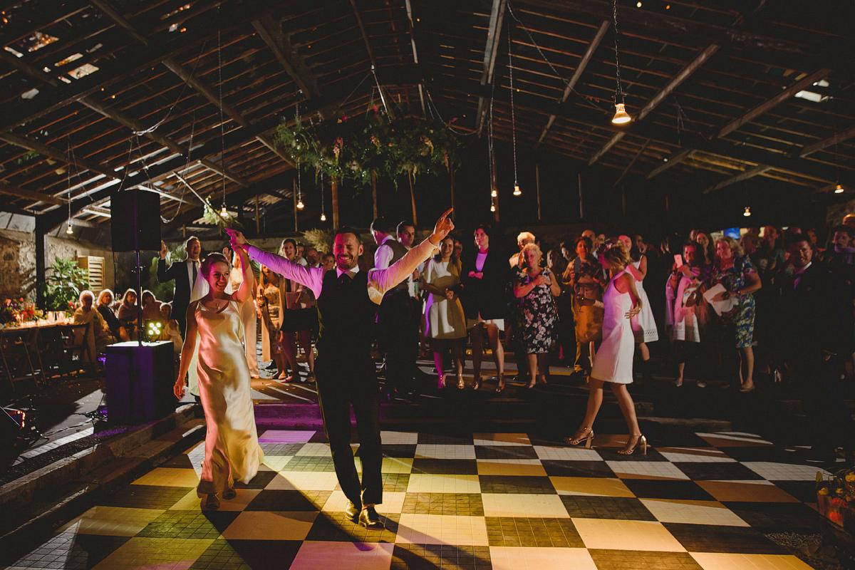 anran-barn-wedding-photos-085