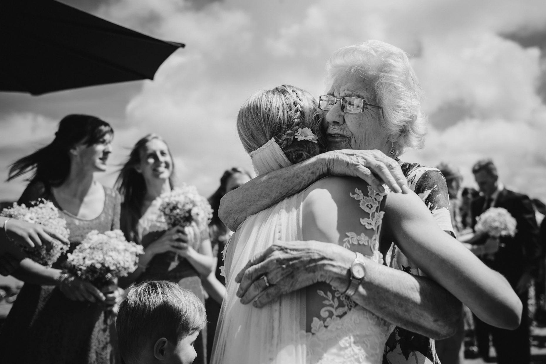 emotive wedding photography cornwall
