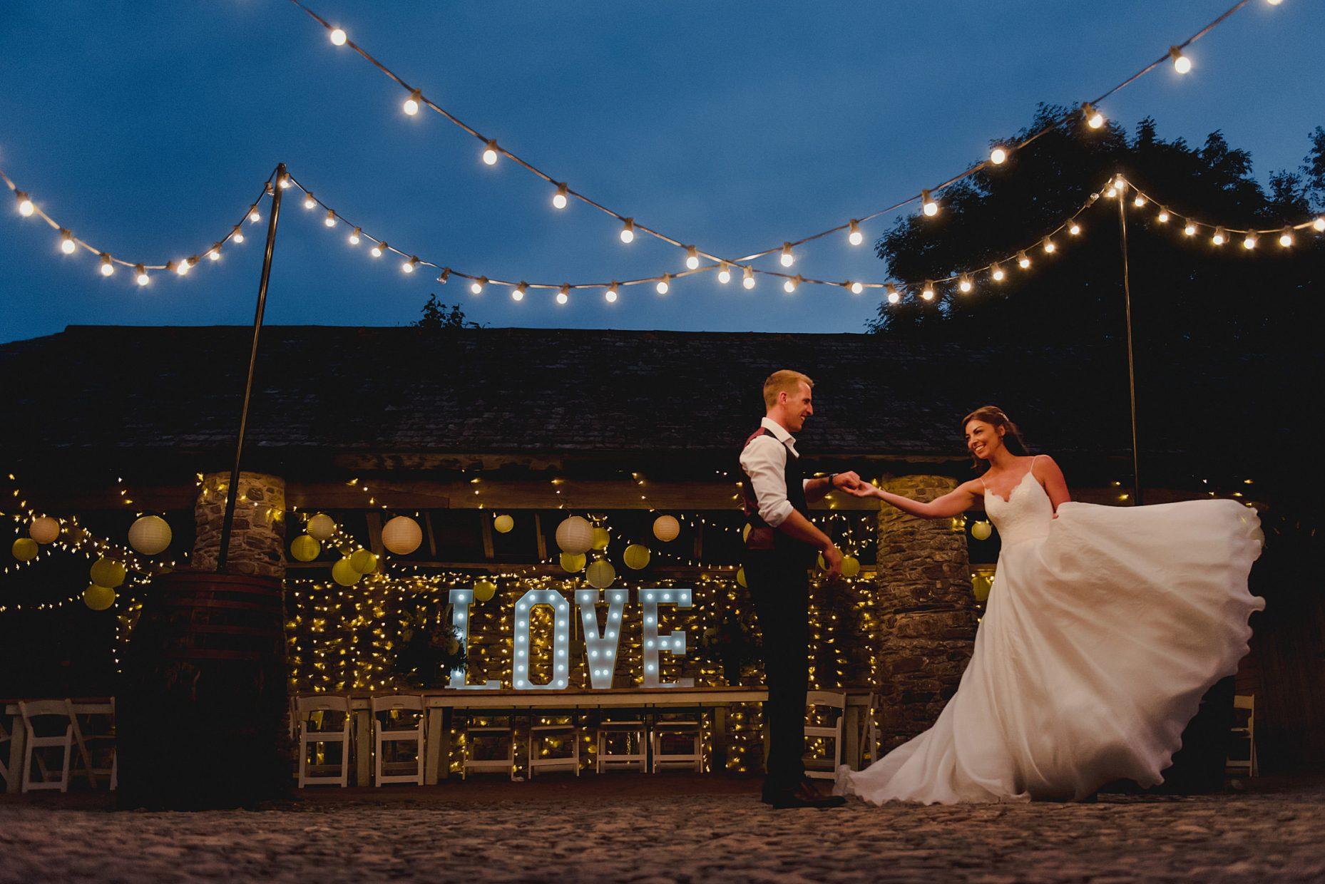 kingston estate wedding photographers