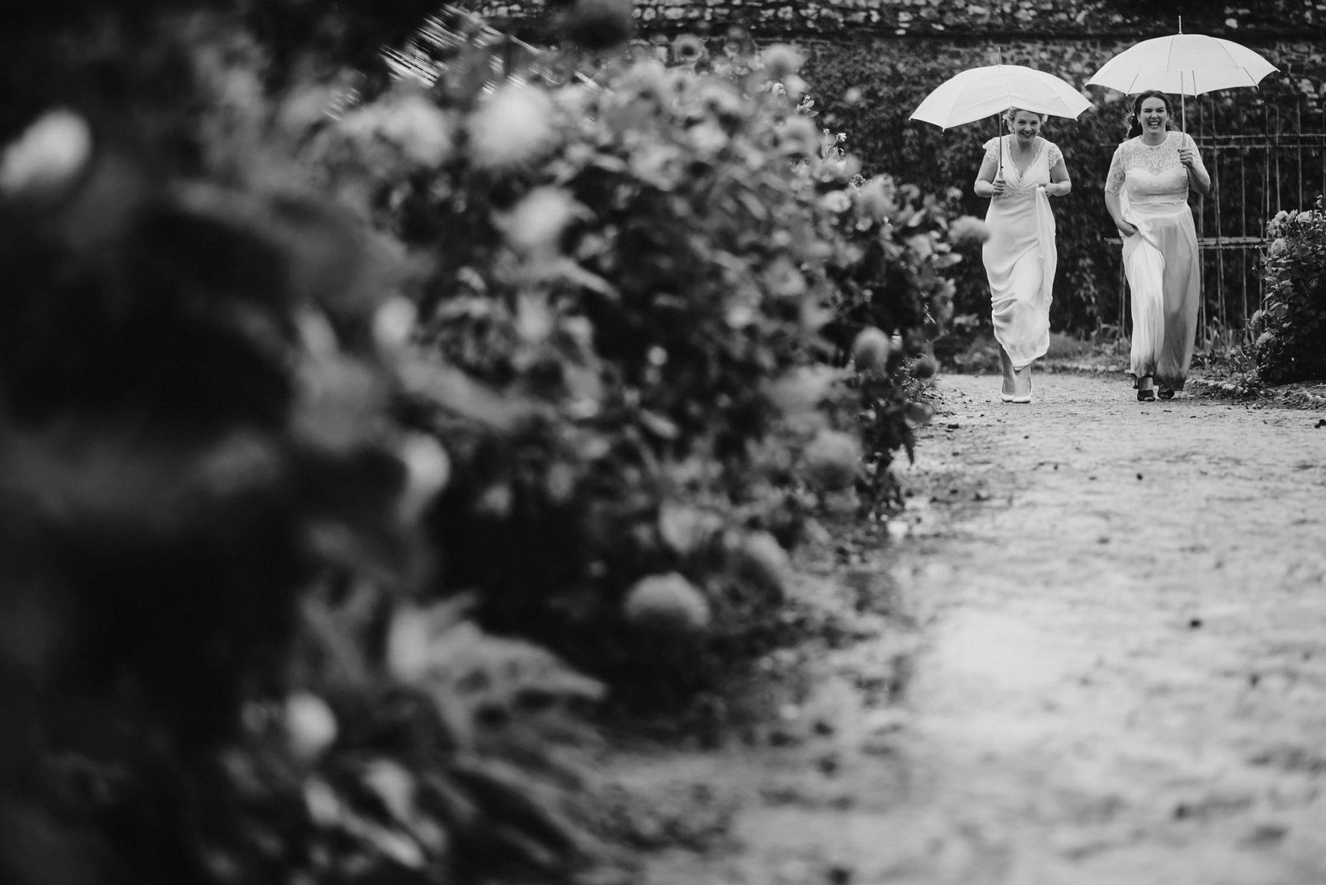 rain wedding photos cornwall