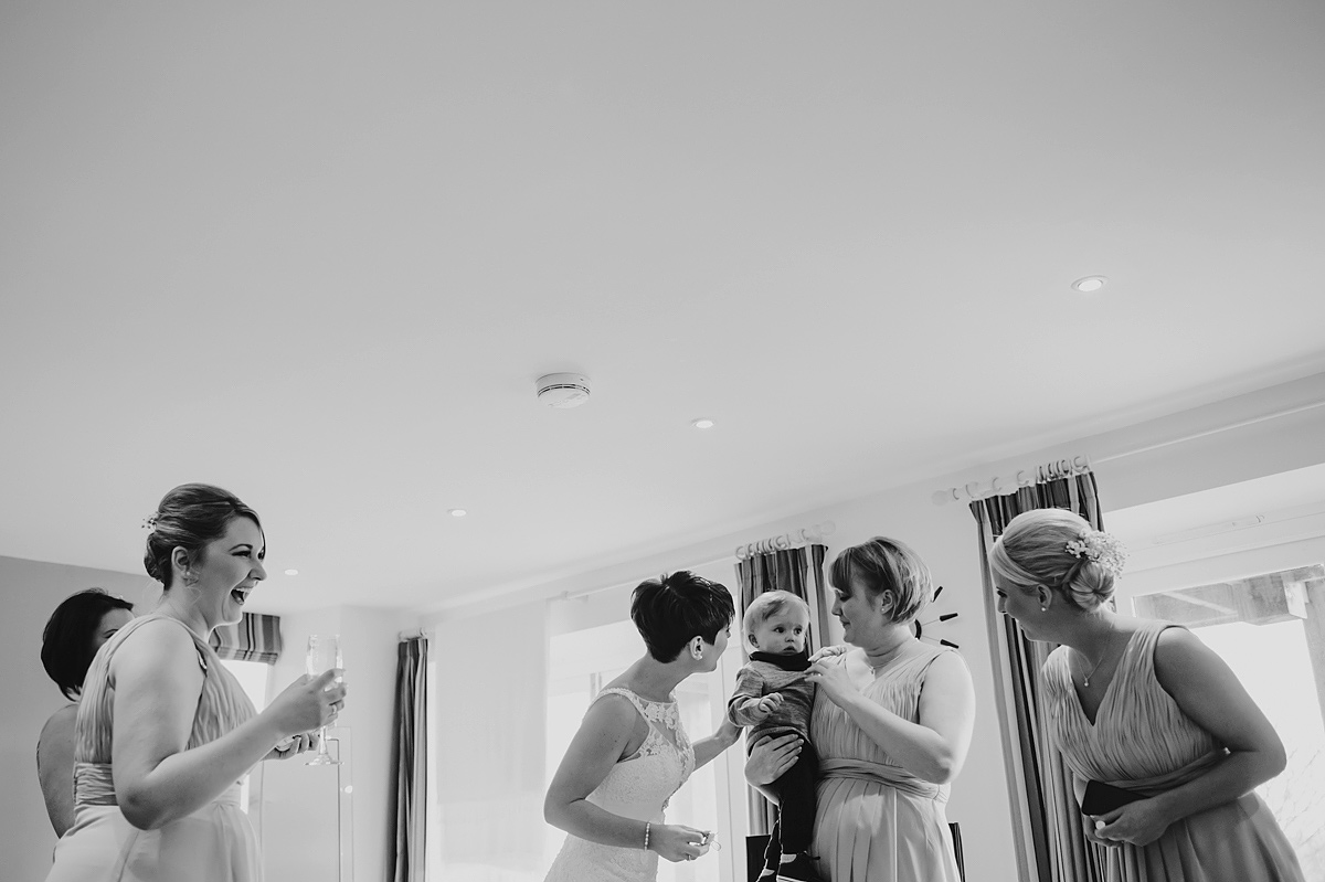 the-green-wedding-photographer-cornwall-014