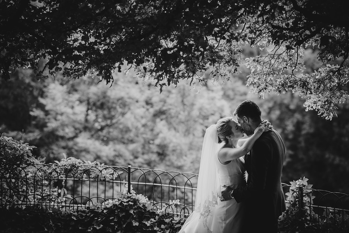 Hotel Endsleigh wedding photographer