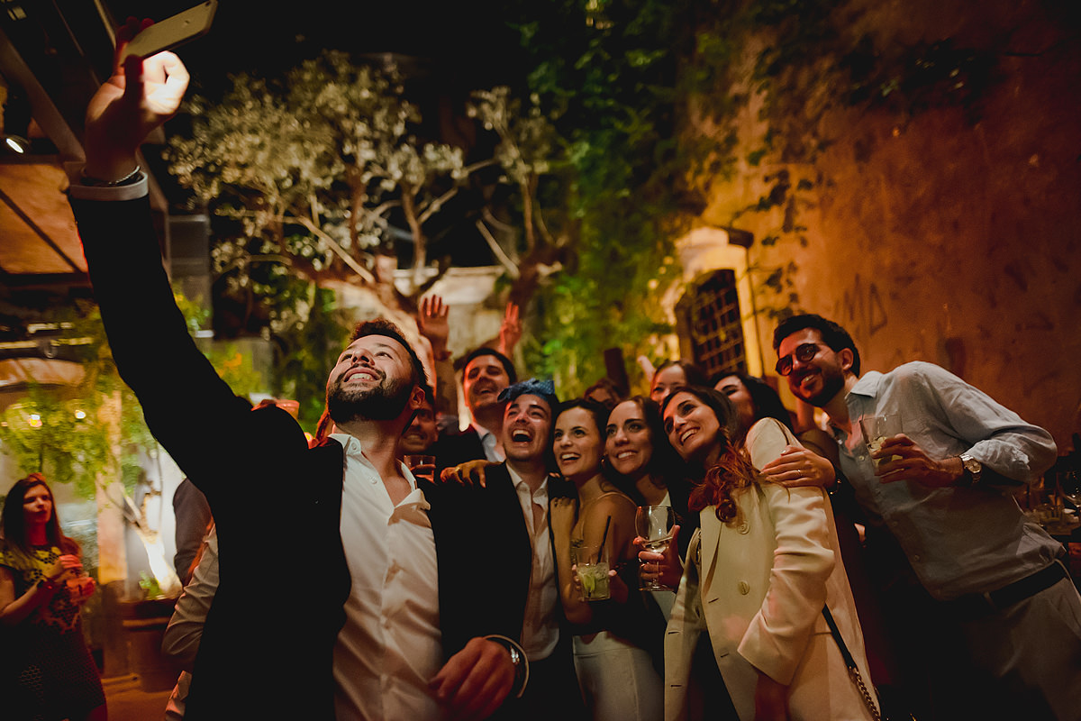 Guest selfie wedding photo
